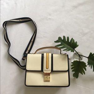 Tricolor flap purse